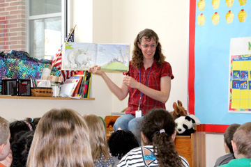 Sharing the Gift story time photo